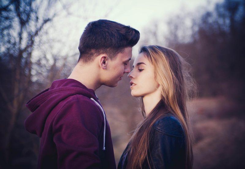 como-beijar-de-lingua