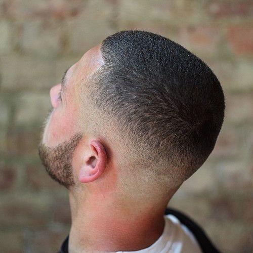 corte-buzzcut-estilizado-masculino