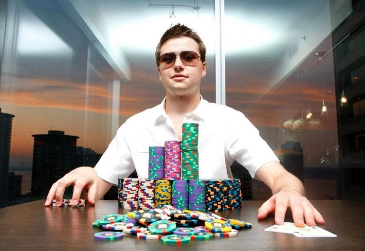 Jogador profissional de Poker