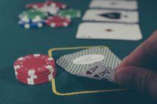 Poker: O que são stakes?